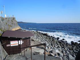 湯量は横綱級&シャワーまで温泉!伊豆・北川「つるや吉祥亭」|静岡県|トラベルjp<たびねす>