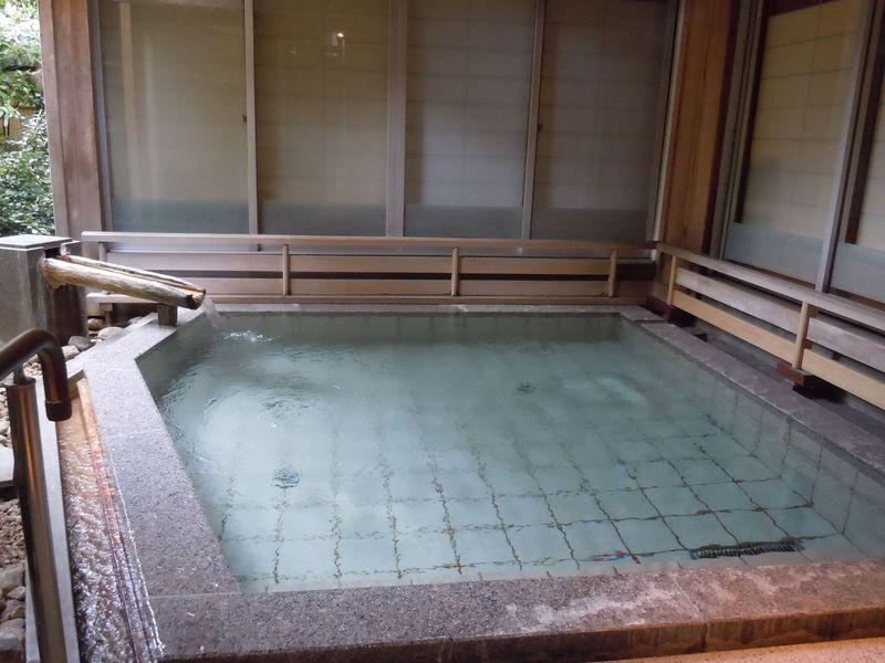 良質で豊富な古湯に入れる!伊東温泉「ホテル暖香園」