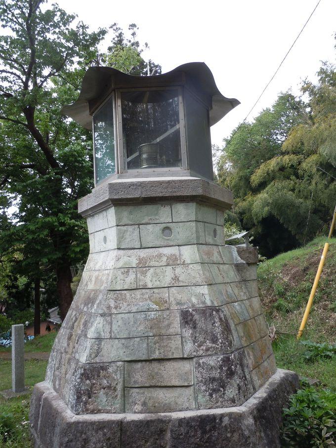 歴史を刻み込んだ輝ける旧稲取灯台!