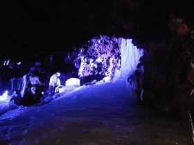 日本一涼しい富士山の洞窟!山梨・天然記念物「鳴沢氷穴」|山梨県|トラベルjp<たびねす>
