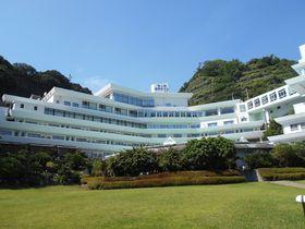 堂ヶ島温泉発祥の宿!西伊豆「堂ヶ島温泉ホテル」で、絶景と自家源泉掛け流しの湯を堪能!