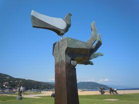 世界的な彫刻作品をタダで見られる!伊東市「なぎさ公園」&「按針メモリアルパーク」|静岡県|トラベルjp<たびねす>