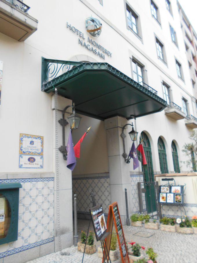 中世の雰囲気が漂う、クラシカルなホテル