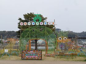 15000本の風車のオブジェ!下田・まどが浜海遊公園「風の花祭り」|静岡県|トラベルjp<たびねす>