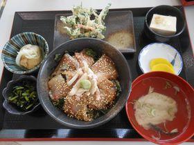 自慢の魚介から島仕込みの焼酎まで!神津島で食べたい一押しグルメ|東京都|トラベルjp<たびねす>