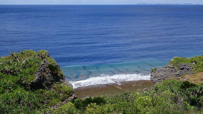 コバルトブルーの海がどこまでも・・・