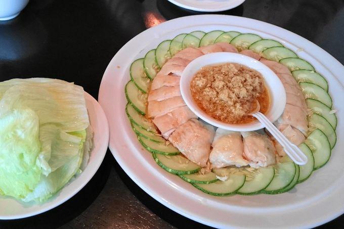 看板メニューのサンスイジンジャーチキン(三水姜茸鶏)