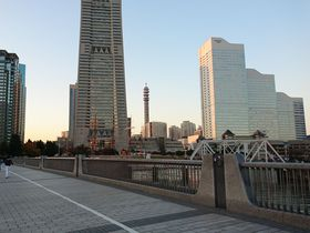横浜みなとみらいで『逃げ恥』ムズキュンロケ地巡り!みくり・平匡になった気分で訪れてみよう|神奈川県|トラベルjp<たびねす>