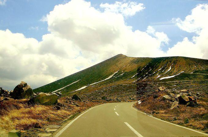 まるで青空に向かっているかの様な絶景天空ドライブ!
