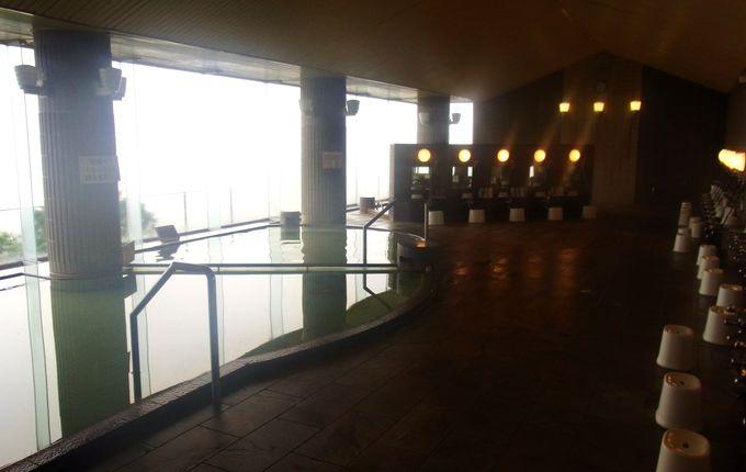 見渡す限り水郷の景色が広がる、最上階の天然温泉