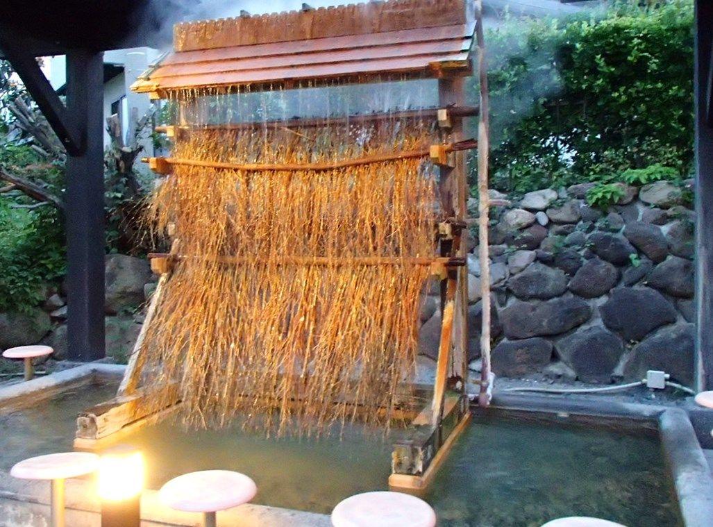 加水しない100度の熱湯を、源泉かけ流しで利用できる画期的な手法