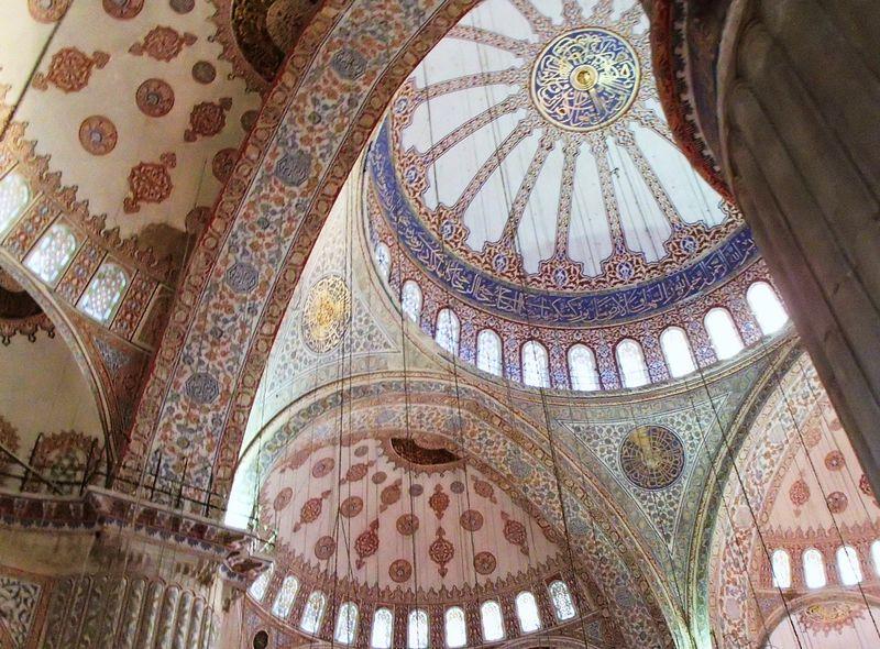 イスタンブールの世界遺産「ブルー・モスク」見所とマナー