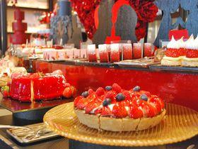 絶対食べたい!50種類の苺メニュー「セント レジス ホテル 大阪」のストロベリーブッフェ|大阪府|トラベルjp<たびねす>