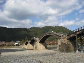 一度は渡ってみたい、日本の三名橋の一つ「錦帯橋」