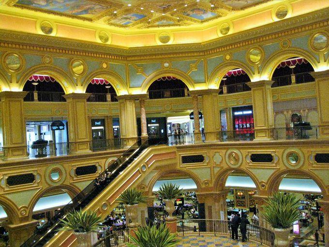 中国人パワーで溢れかえるアジア最大級のカジノ