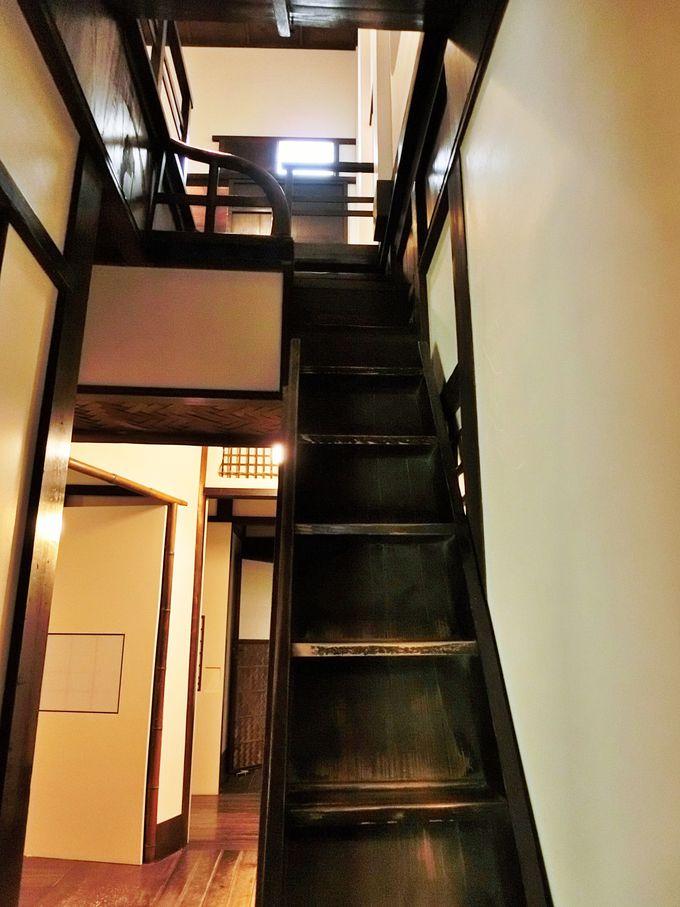 追っ手を撒くことができる「隠し階段」