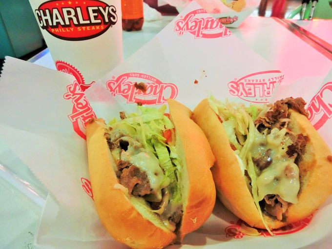 絶対食べたい!「チャーリーズ・スティカリー」