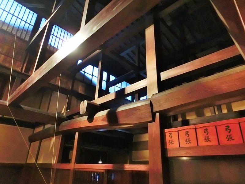 匠の技がキラリと光る美しい吹き抜け!高山「吉島家住宅」