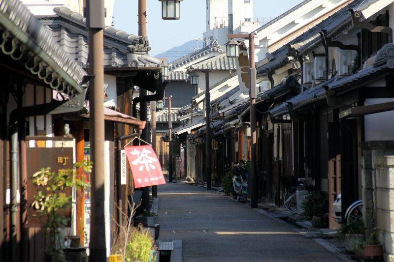 江戸時代の町並みが残る奇跡の寺内町〜奈良県橿原市「今井町」