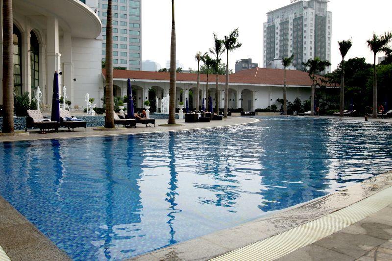 観光後はベトナム最大級のプールで涼もう