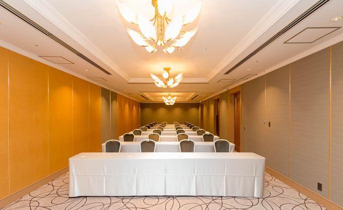 大小のカンファレンスルームは展示会や会議、セミナー等ビジネスでも威力十分!