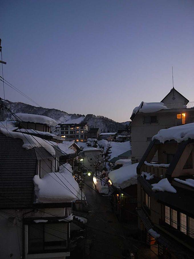 私にとってはスキーよりも温泉でおすすめ、野沢温泉冬景色!