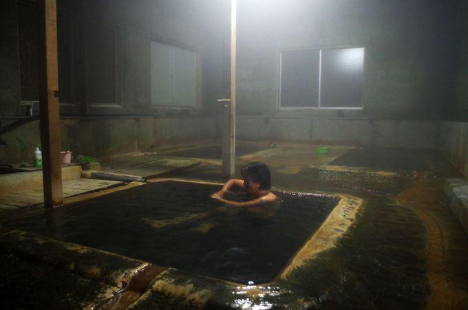 明治時代に建てられた情緒あふれる鄙びた浴舎