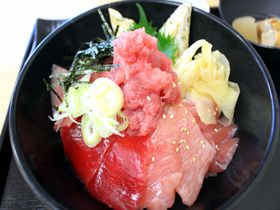 マグロが旨い!誰でも行ける千葉「柏市場」で寿司!海鮮丼!買物!|千葉県|トラベルjp<たびねす>