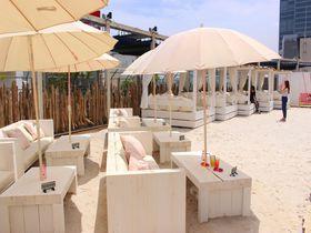 新宿に白砂ビーチが出現!「ワイルドビーチ新宿」で至福のリゾートタイムを