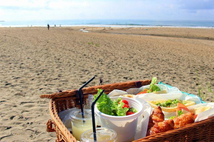 朝食の場所が選べる!あなたはビーチ派?それとも・・・?