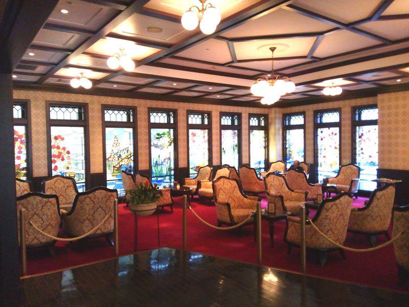 大正ロマン溢れる「金沢白鳥路 ホテル山楽」で歴史ある伝統工芸を堪能
