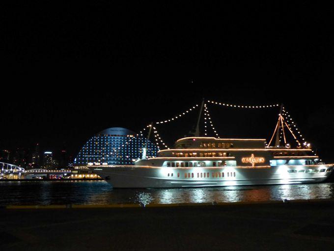 光のクルージング船「コンチェルト」