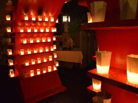 高崎白衣大観音・慈眼院ろうそく祭り「万灯会」。祈りの灯がゆらめく夏の夜