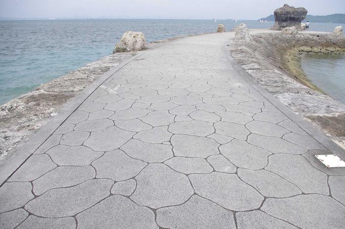 沖縄を作ったといわれる神話の男女神、アマミチュー・シルミチューの足跡をたどってみる。