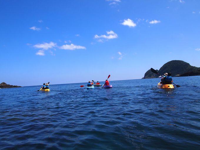 続いては海からのカヌーとシュノーケルで未知の海へ漕ぎ出そう!