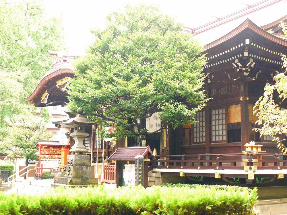 歌舞伎役者御用達の十二社・熊野神社