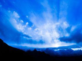 完全版ガイド「北アルプス・表銀座縦走」で雲海のアクティビティ|長野県|トラベルjp<たびねす>