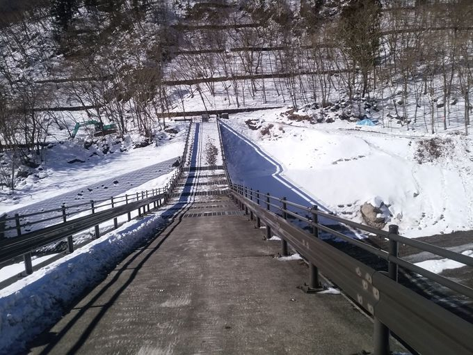 出発地点は日光東照宮の表玄関、神橋