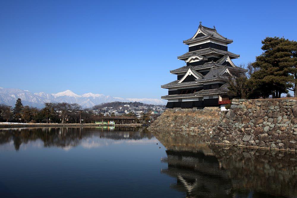 シーズンオフでも美しい景色が待っている、冬の松本・安曇野地区