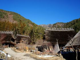 富士山麓の大自然を満喫!山梨・西湖周辺のスポット5選!