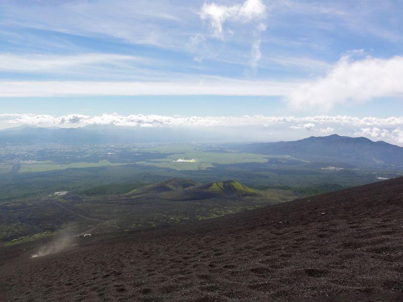 最も過酷!富士山をたっぷり楽しむなら「御殿場ルート」(静岡県側)