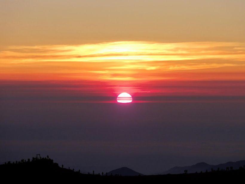最短距離で日本の頂へ!静岡県側・富士宮ルートで夏の富士登山!