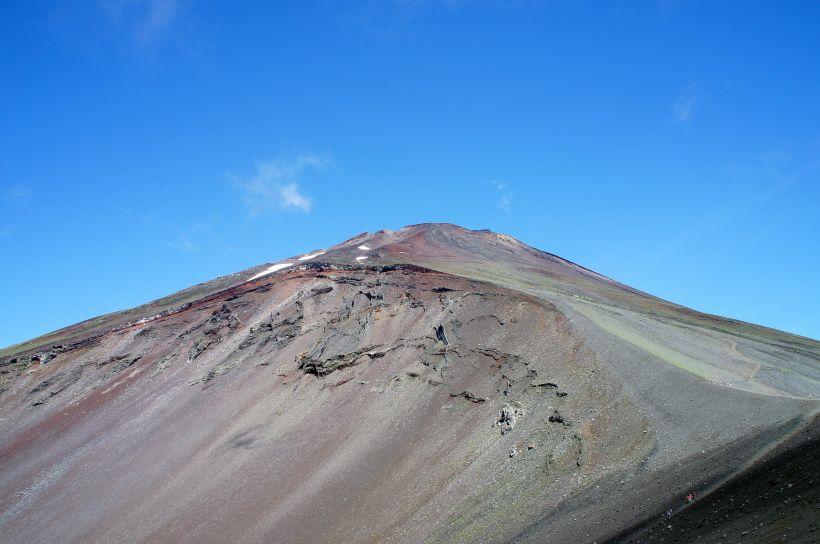 圧倒的な迫力!富士山の息吹を感じる宝永山トレッキング!