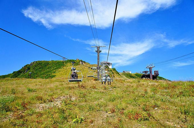 ゴンドラとリフトの天空散歩で八方池山荘へ!
