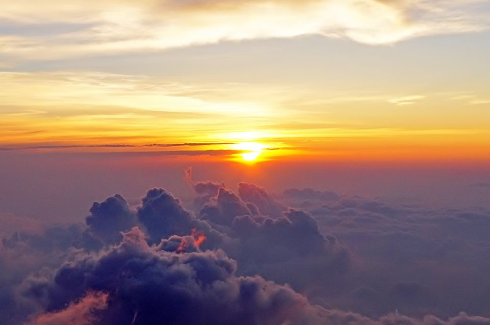一生に一度は登りたい!「富士山」と周辺の観光スポット