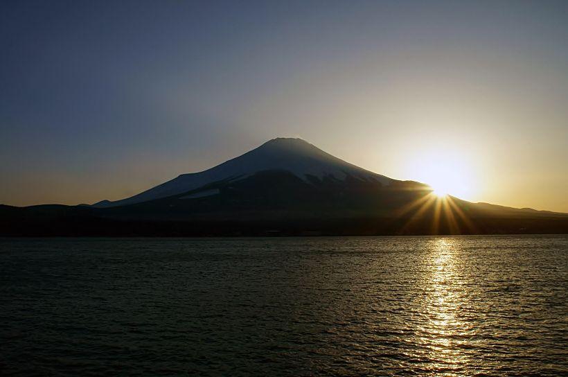 ダイヤ富士のみにあらず!変幻自在の富士山を楽しもう!