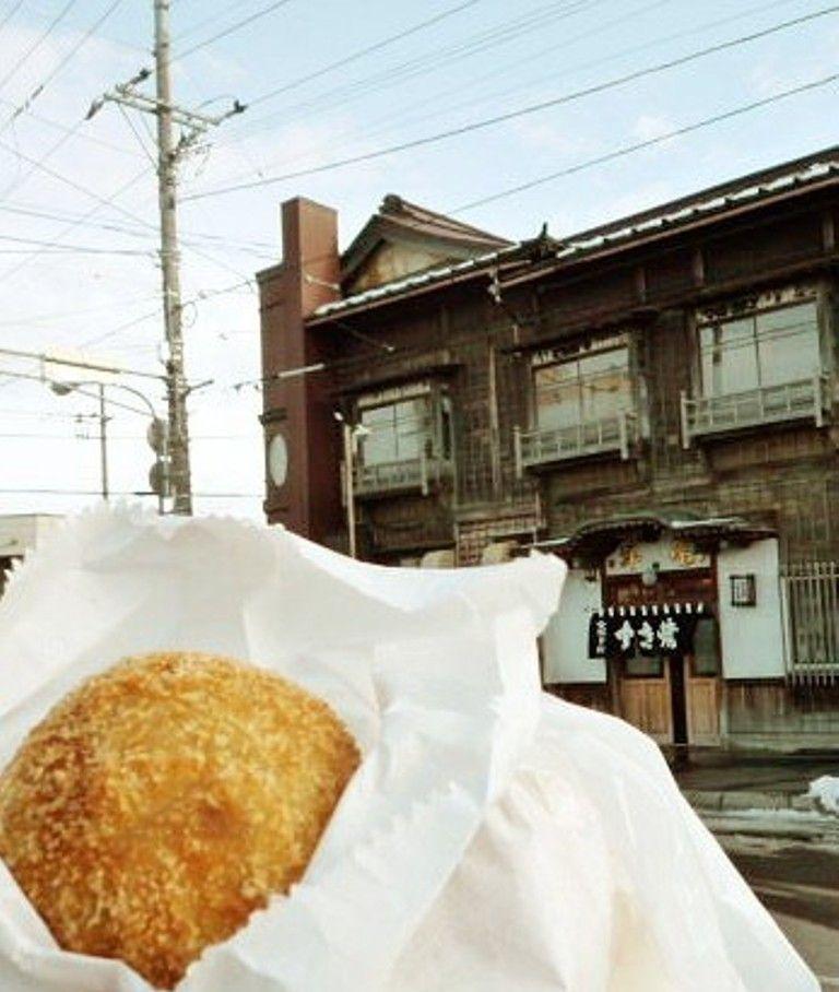函館ベイエリア・西部地区周辺食べ歩きベスト3!北海道バターメロンパンにミシュランのコロッケ?!