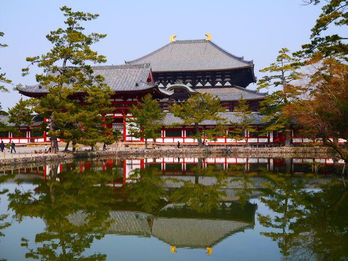 【第1位】ポスター頻出スポット!鏡池に映る大仏殿にうっとり