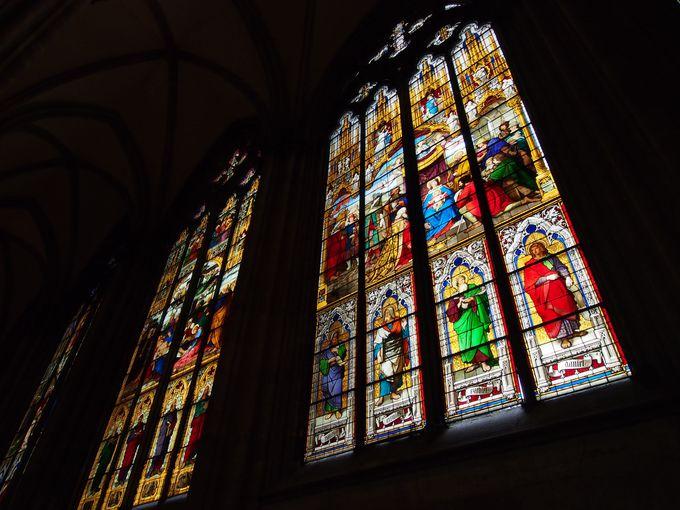 光輝く美しいバイエルン窓