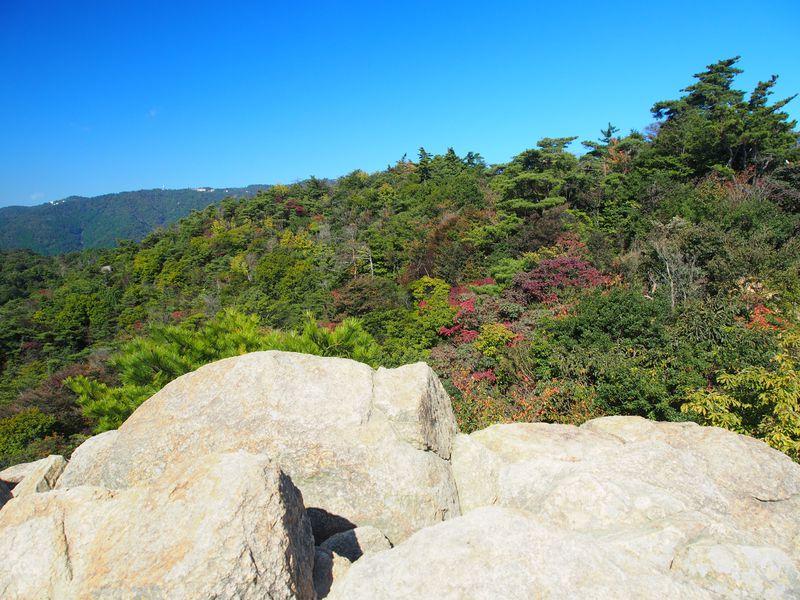 ロックガーデン、風吹き岩!六甲山登山のお手軽超人気コースの見どころ